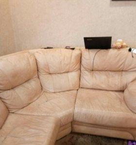 """Продаю угловой кожаный диван """"Бристоль"""""""