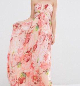 Платье фирмы Asos