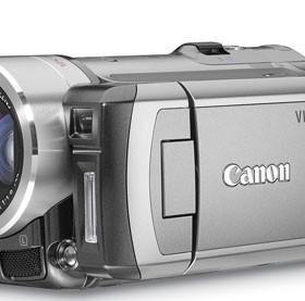 Видеокамера Canon HF100 + карта 8гб