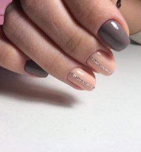 Покрытие ногтей гель-лаком и наращивание