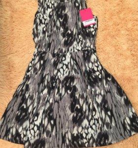 Новое платье 42-44 размера