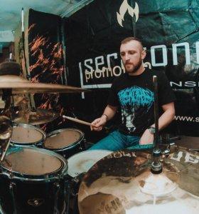 Обучение игре на барабанах / ударных инструментах