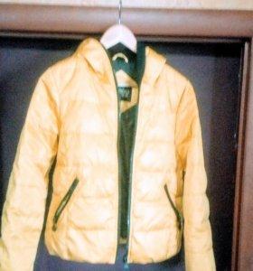 Куртка типа пуховик р-р 42-44