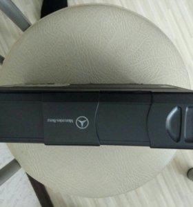 CD-чейнджер мерседес w220