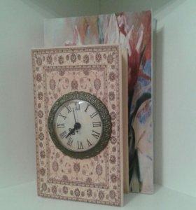 Шкатулка-книга с часами, новая