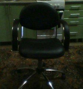 Кресло для парехмахерской