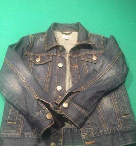 джинсовая куртка Esprit +футболка Mango на 9 лет