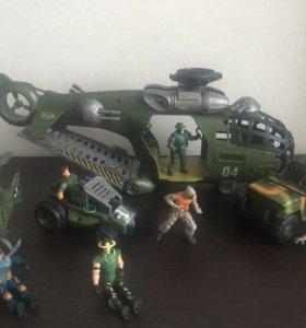 Вертолеты, машинки, солдатики.
