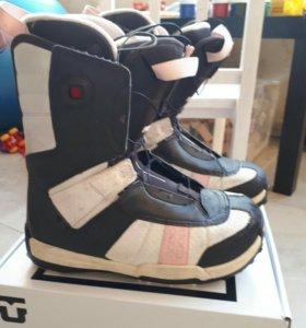 Ботинки сноубордические Salomon