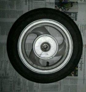 Резина и диск для скутеров 3х10