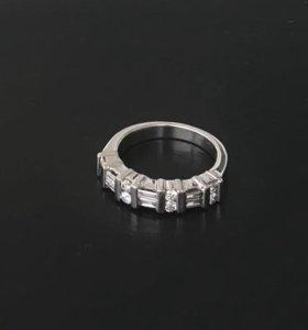 Кольцо с бриллиантами в стиле Graff