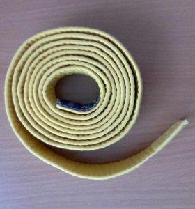 Желтый пояс для карате