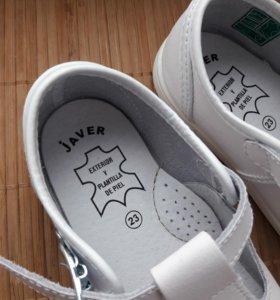Новые туфли для малыша.испания