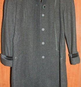 Пальто женское р.50-52 новое
