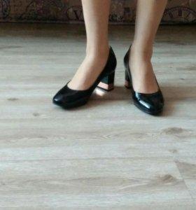 Туфли новые р-р 37