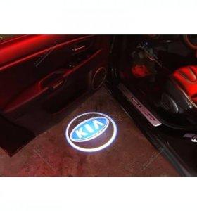 Лазерная проекция KIA в двери