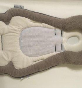 Вставка в автокресло автолюльку для новорожденного