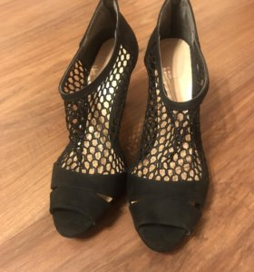 Туфли-босоножки с открытым носком Новые