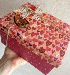 Коробка с подарками