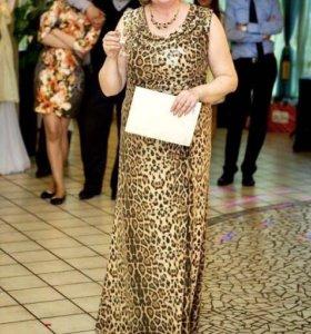 Вечернее Платье в пайетках 52 размер
