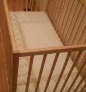 СНИГЛАР Кроватка детская.