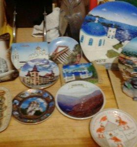Сувениры. Статуэтки, магниты, тарелочки