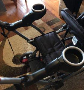 Прогулочная коляска для двоих детей