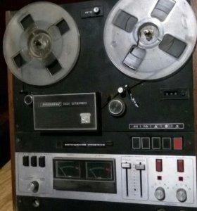 Катушечный магнитофон МАЯК 001 стерео