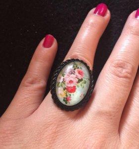 Красивые яркие кольца/новые