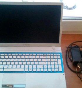 Продам ноутбук SAMSUNG NP300V5A