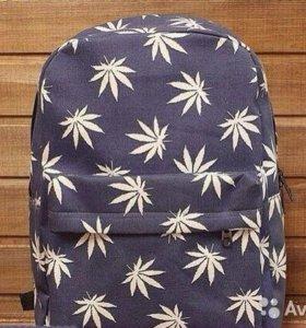 Рюкзак с листиками