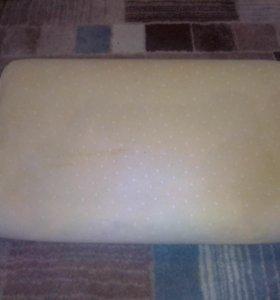 Ортопедическая подушка для детей.
