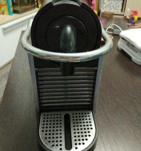 Кофеварка Delonghi Nespresso Pixie