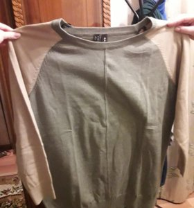 свитер.