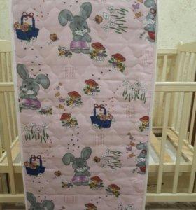 Детская кроватка+ матрас + 2 комплекта бортиков