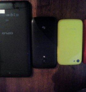 Продам три телефона и планшет на запчасти