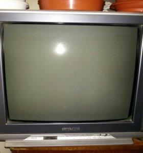 Телевизор HITACHI C21-RM39S на запчасти