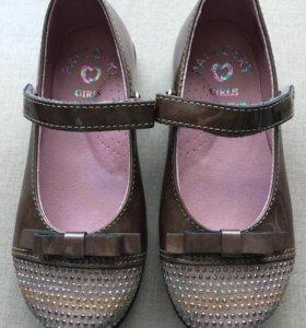 Новые туфли Испания р.26