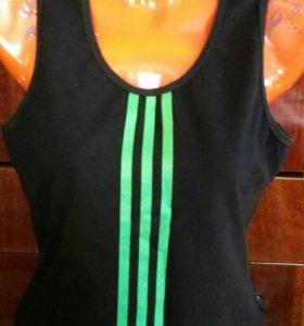 Спортивная футболка-маечка