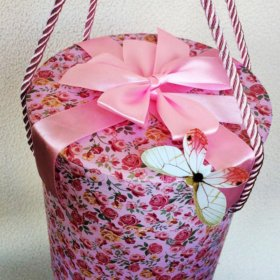 Коробка с подарками на заказ