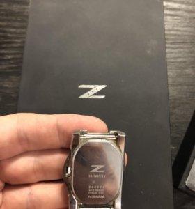 Оригинальные часы NISSAN 350Z