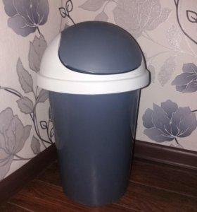 Контейнер для мусора 10 л
