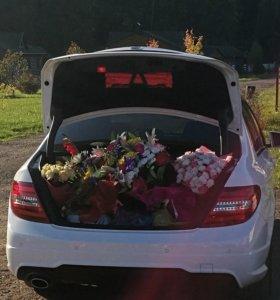 Прокат авто с водителем,свадьба, в.ска из роддома)