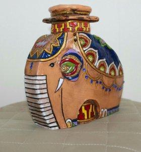 Керамическая ваза слон
