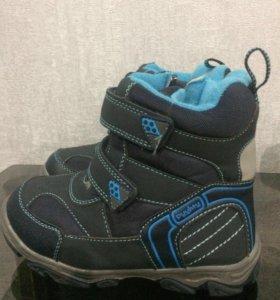 Новые зимние ботинки детские