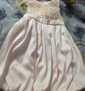 Нарядное платье в детский сад
