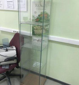Стеклянная витрина для..