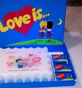 Мыло и коробочка в стиле love is