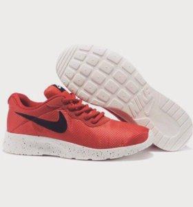 Кроссовки Nike Tanjun se