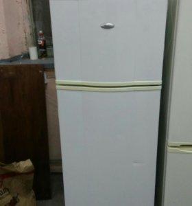 Холодильник Вирлпул 165см. Гарант Дост Торг